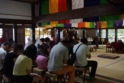 お寺でお盆供養 2015